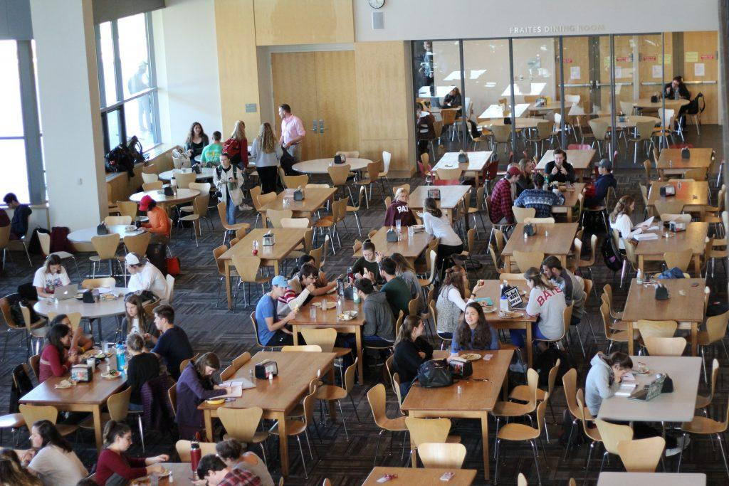 Students dine at Commons, mid-morning. AZUSA OKADA/THE BATES STUDENT