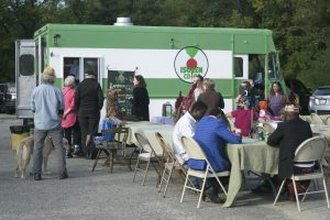 Isuken Food Truck serves hot chai and delicious food to locals. CHRISTINA PERRONE/THE BATES STUDENT