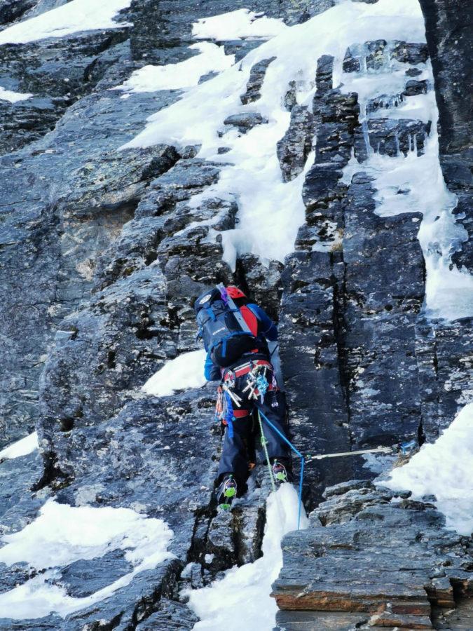 Owen Daniell '21 ice climbing near Queenstown
