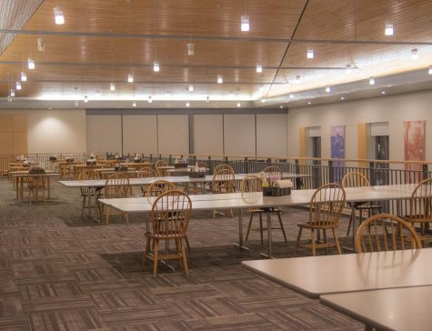 Students may sign up to eat on the second floor of Commons through Garnet Gateway.